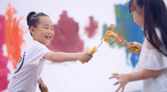"""华润漆发布""""爱,不留白""""首支公益视频,宣扬助力儿童病房美化"""