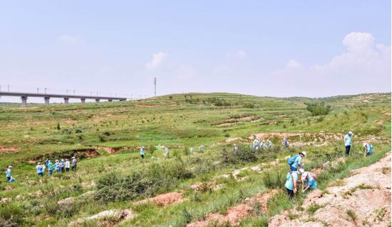 Honda在华关联企业内蒙古植树活动
