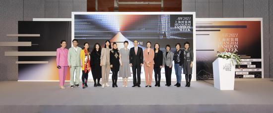 图片来历:上海古装周组委会