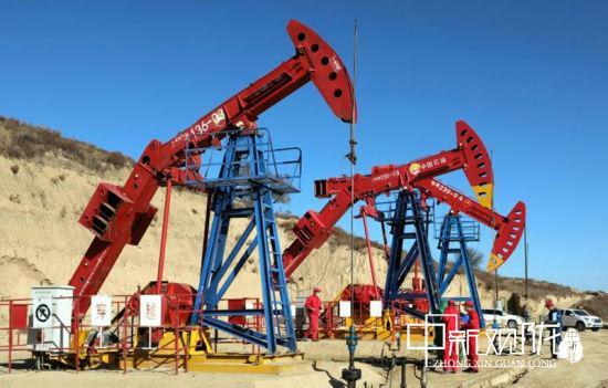 """采油二厂找准提质增效工作的切入点和突破口,提升产量效益""""含金量""""。"""