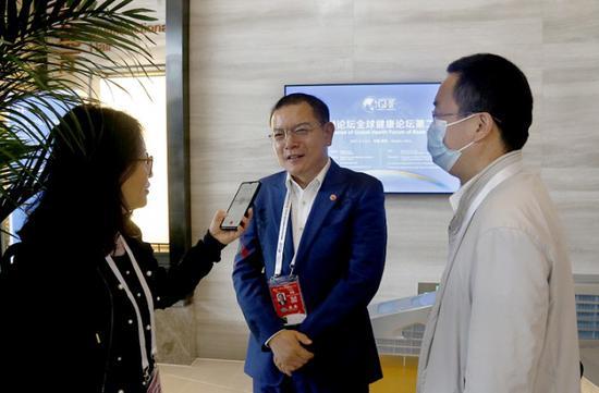 鲜胜副董事长接受媒体采访
