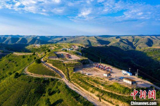 图为采油二厂城壕作业区山156轮注轮采示范区。