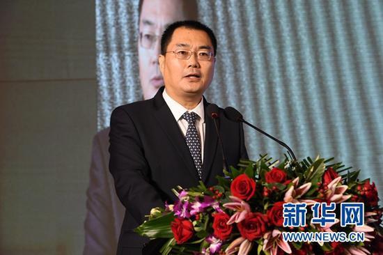 广东省委宣传部常务副部长刘红兵在推介活动上致辞。新华社记者 范培珅 摄