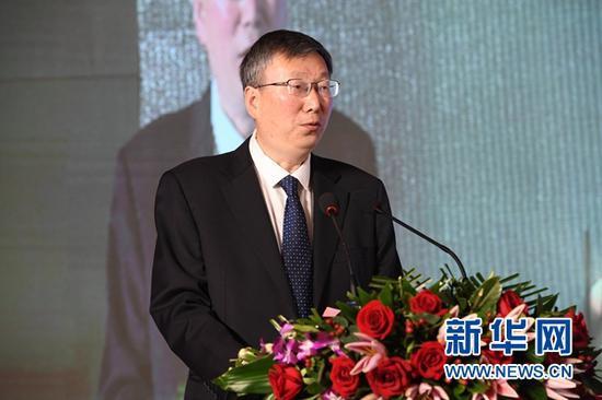 甘肃省委常委、宣传部部长王嘉毅在推介活动上致辞。新华社记者 范培珅 摄