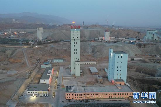 这是2月11日拍摄的金川集团三矿区景象(无人机照片)。