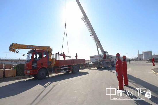 采油11厂收发料实现全厂共享、统一配送、物资直达。