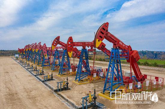 50年来,长庆油田采油二厂累计向国家贡献石油超过7200余万吨。