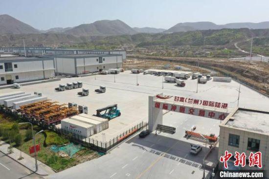 图为甘肃(兰州)国际陆港国际冷链交易中心。 甘肃(兰州)国际陆港管理委员会供图