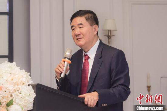 图为香港甘肃联谊会创会会长、香港东庆集团董事局主席赵东平。受访者供图
