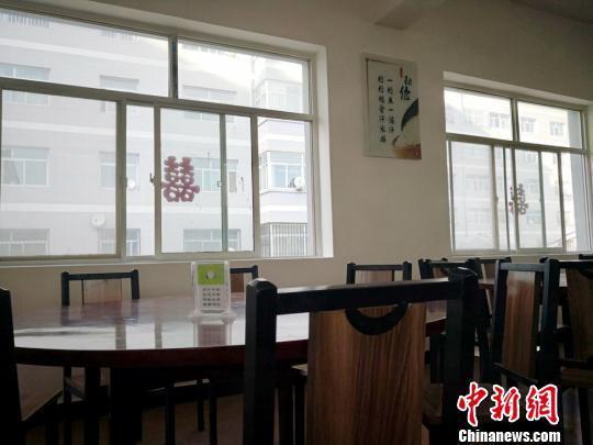 图为甘肃平凉市崆峒镇太统村建成的便民事务用房。 崔琳 摄
