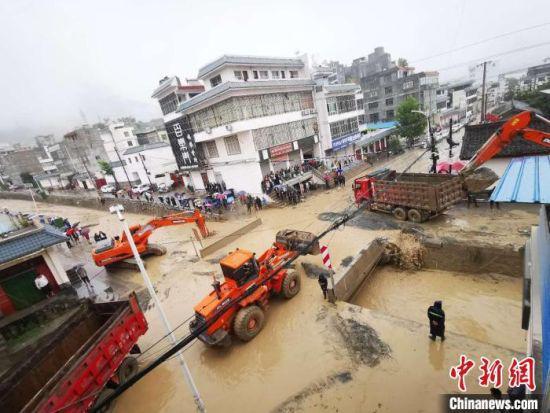 2020年8月17日,陇南市发生特大泥石流灾害。(资料图) 陇南市委宣传部供图