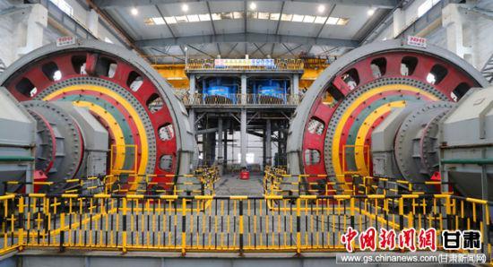 2019年6月6日,金川集团公司11000吨/日二选扩能降耗技术改造项目竣工投产,金川选矿年处理能力从960万吨跃升1170万吨,跨入千万吨级大型选矿行列。金昌市委宣传部供图