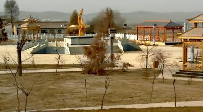 新建的文化活动广场