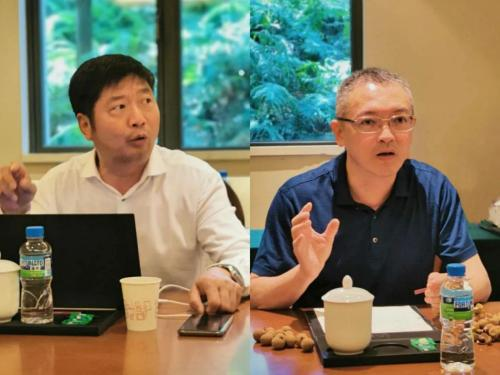 (星律网发起人、佛山城市合伙人:刘立新律师(左)深圳城市合伙人:刘国江律师(右))