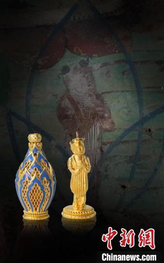 """首批敦煌珠宝""""玉见敦煌""""分为六大系列,其中一个系列是千佛系列。 玉顺行供图"""