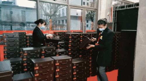 客服管家精心筹备1100份钥匙箱