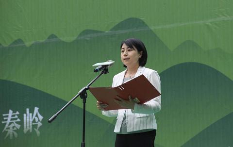 商南县委常委、宣传部长董建莉