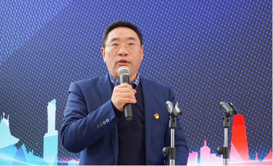 贵州交通职业技术学院院长吴有富讲话