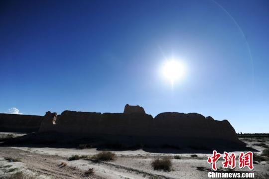 资料图。图为甘肃张掖市高台县境内的骆驼城遗址。 杨艳敏 摄