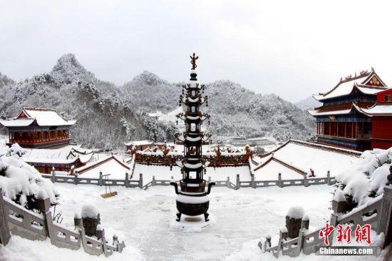 雪后的净土寺。吴家兴 摄
