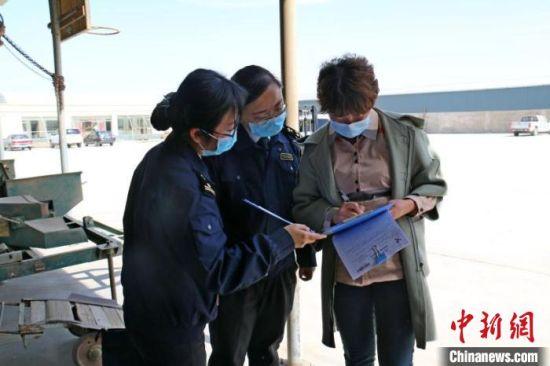 今年第一季度,甘肃省出口种子2932吨,货值2.2亿元。