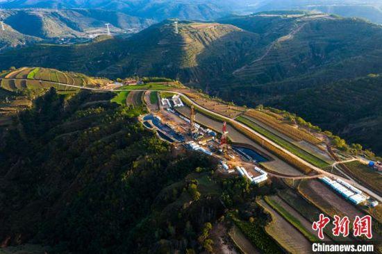 长庆油田陇东国家级页岩油示范区。(