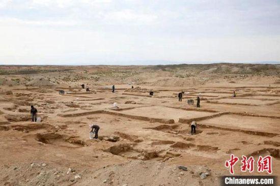 图为敦煌旱峡玉矿遗址考古发掘现场。(资料图)甘肃省文物考古研究所供图