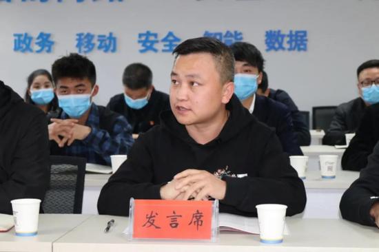 陇南都市文化传媒有限公司负责人张刘红发言