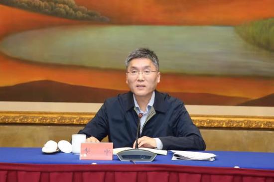 科技日报社社长李平发表讲话