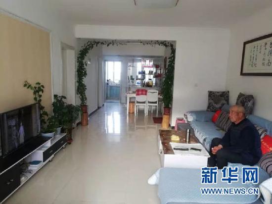 老人在公寓内生活照。大滩镇养老公寓供图