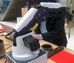 """甘肃书法机器人用高科技留住""""年味"""""""
