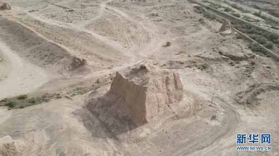 这是5月13日拍摄的骆驼城遗址(无人机照片)。新华社记者 张智敏 摄