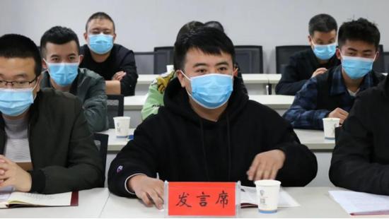 陇南微微文化传媒有限公司负责人李彬发言