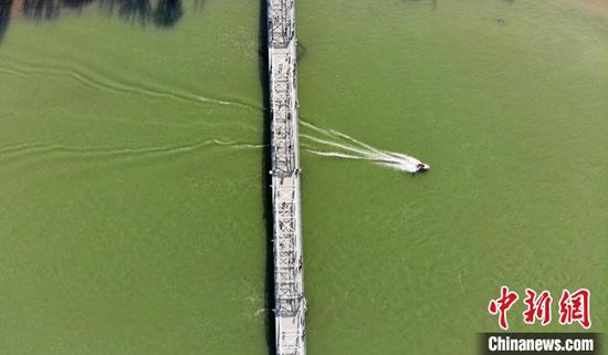 图为2021年初,黄河兰州段风光。 杨艳敏 摄