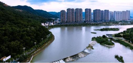 这是入选2020年度世界灌溉工程遗产名录的天宝陂(6月9日摄)。新华社发(中国国家灌排委员会供图)