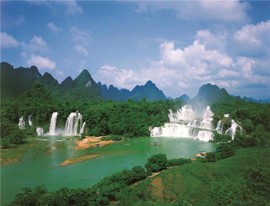 中国广西-越南广宁旅游联合推介会