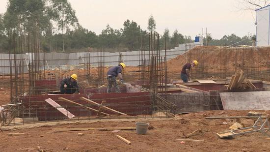 钟山 :防疫复工两不误 项目建设不停步