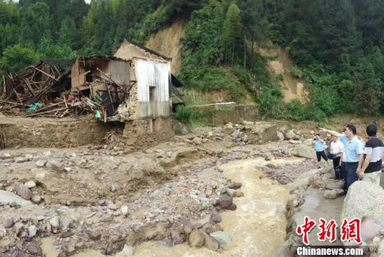 图为灌阳县遭受暴雨袭击引发山洪灾害。 钟欣 摄