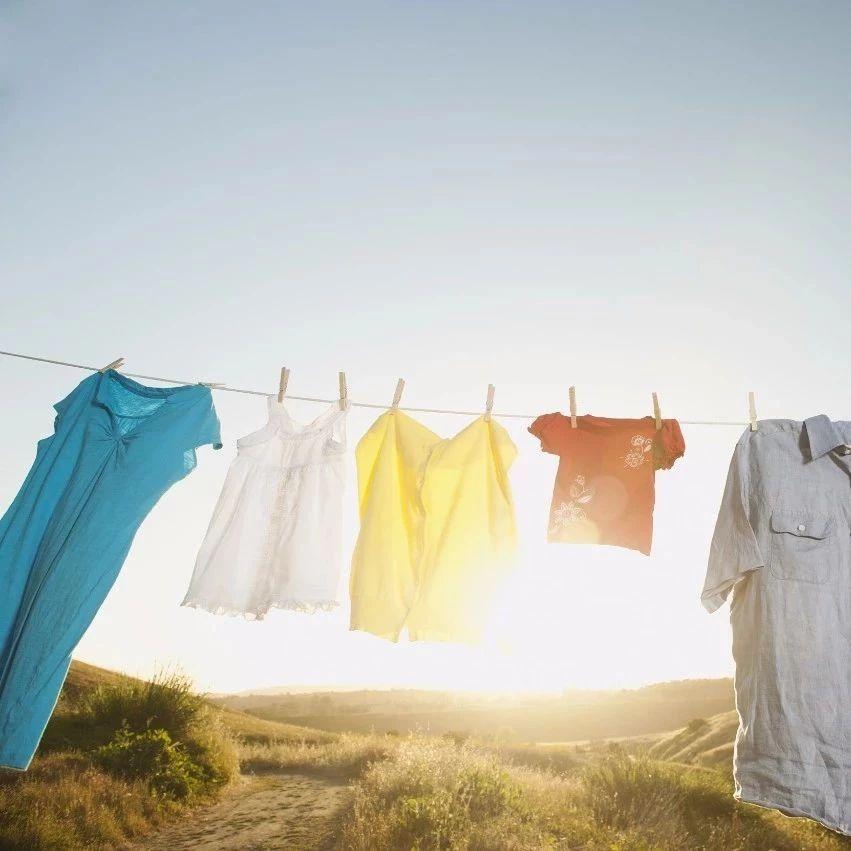 4类衣服反着晾晒才科学!原来这些年你都做错了