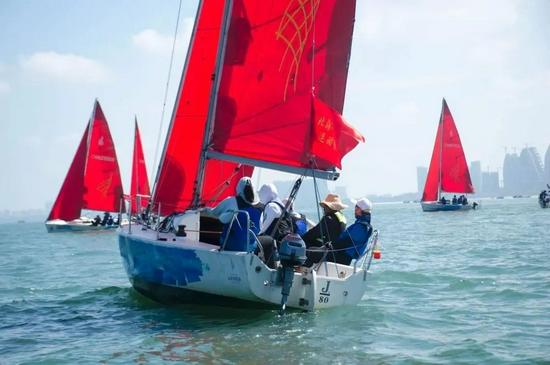 """2021年北海""""丝路古港杯""""帆船邀请赛外沙岛迎各赛队首秀"""