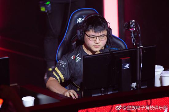 总奖金最高的中国选手Uzi。网络截图