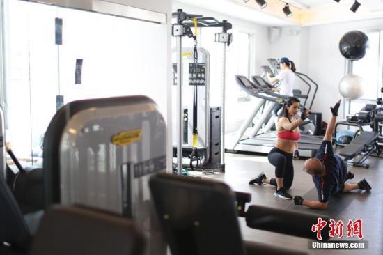 资料图:健身房。中新社记者 廖攀 摄(图文无关)
