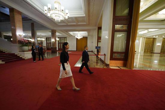 国家医疗保障局胡静林步入部长通道。