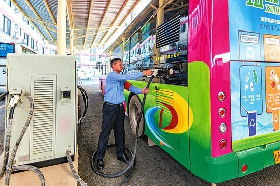 南宁50个新公交车充电桩投入使用 你家附近有吗