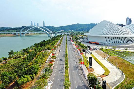 五象新区配套设施日趋完善 现代化中心城区成形