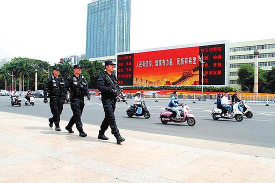 """南宁警方将严厉打击""""黄赌""""和盗抢骗等违法犯罪"""