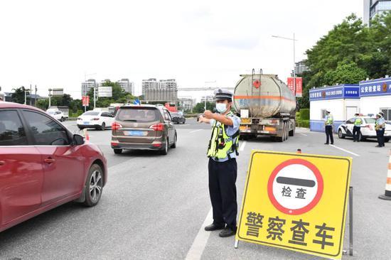 南宁交警将在这3个时段 严查电动车交通违法行为