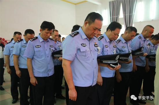 广西平乐民警余雄飞60岁仍坚持工作不幸倒在岗位上