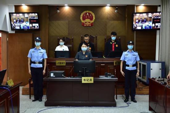 警方查获抵押车40辆!南宁一恶势力犯罪团伙7人受审