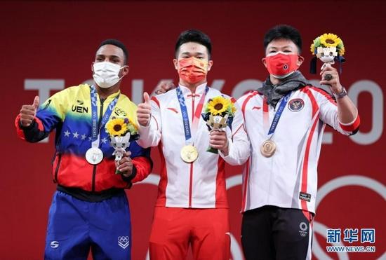 广西桂林小伙石智勇东京奥运会摘金!破世界纪录